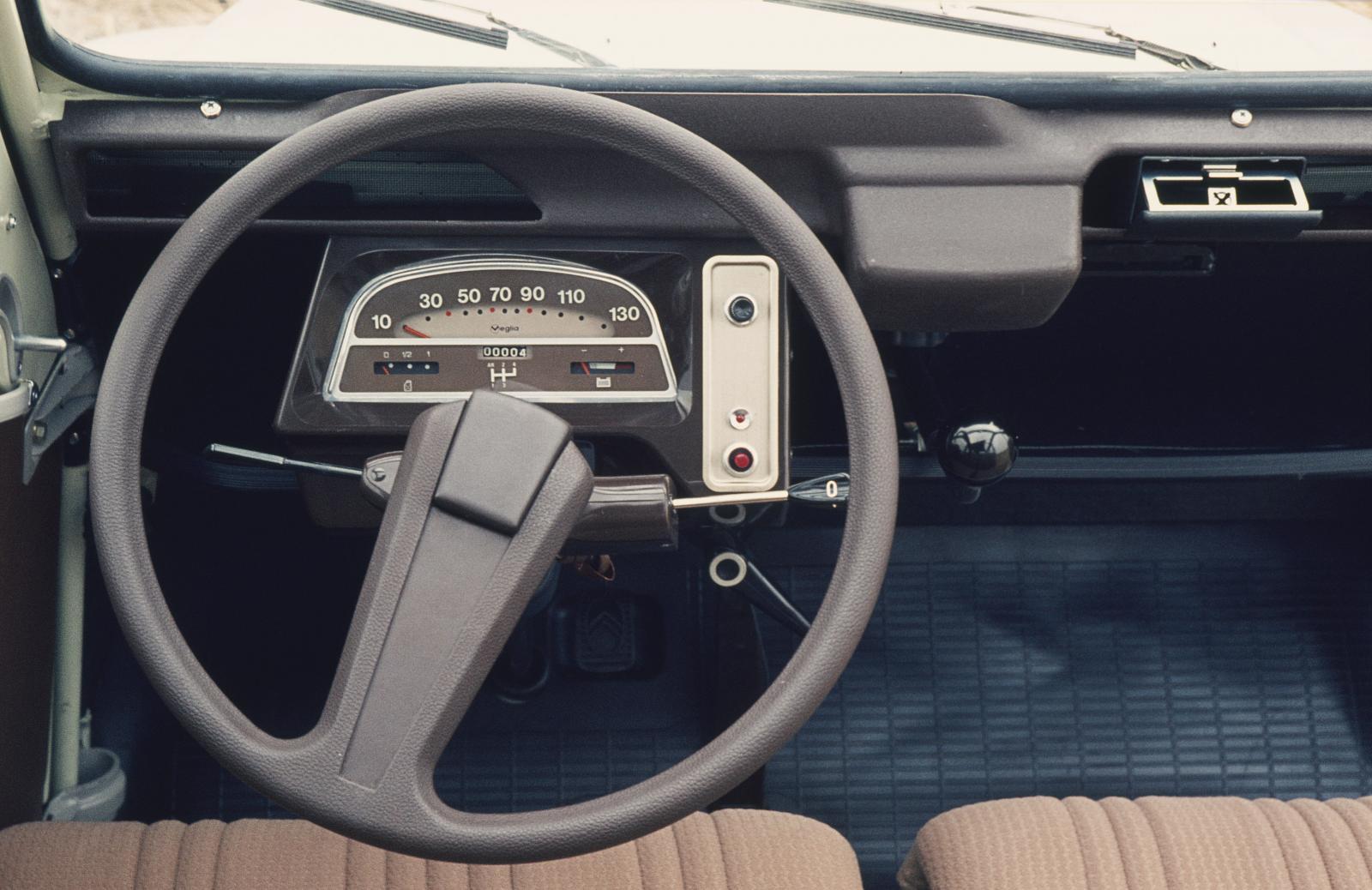 2CV 6 Lenkrad 1974