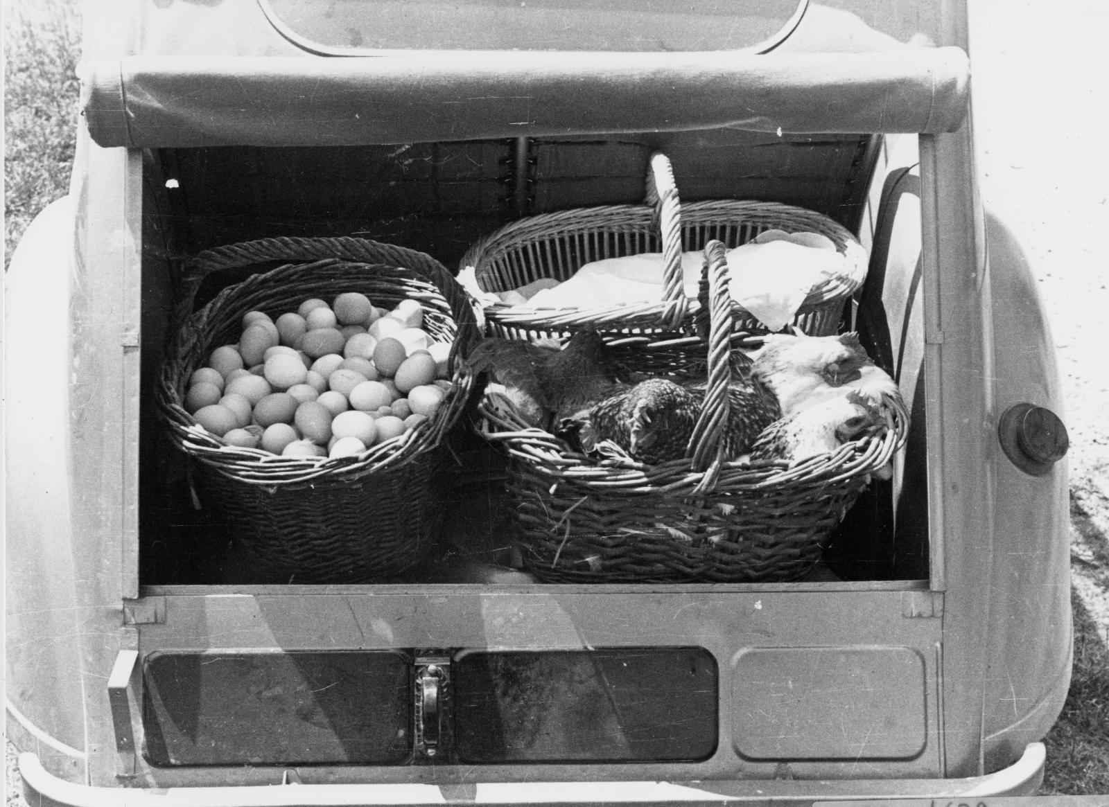 2CV 1948 Kofferraum