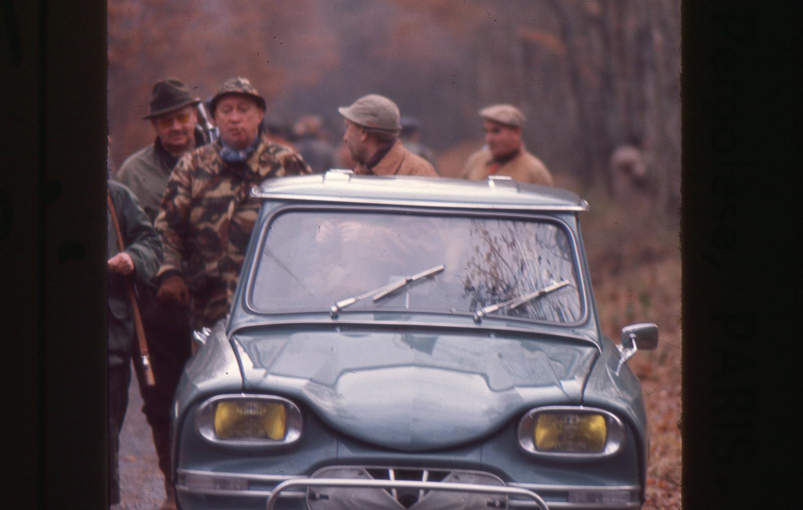 AMI 6 Break 1964 retour de chasse