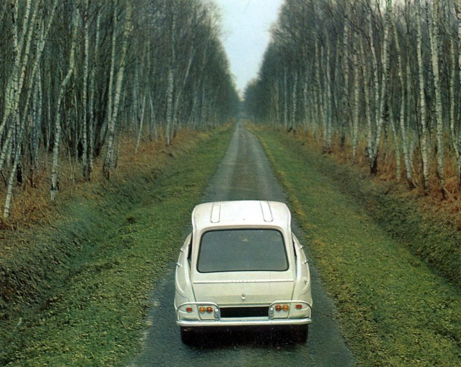 AMI 6 Break 1965 3/4 face arrière