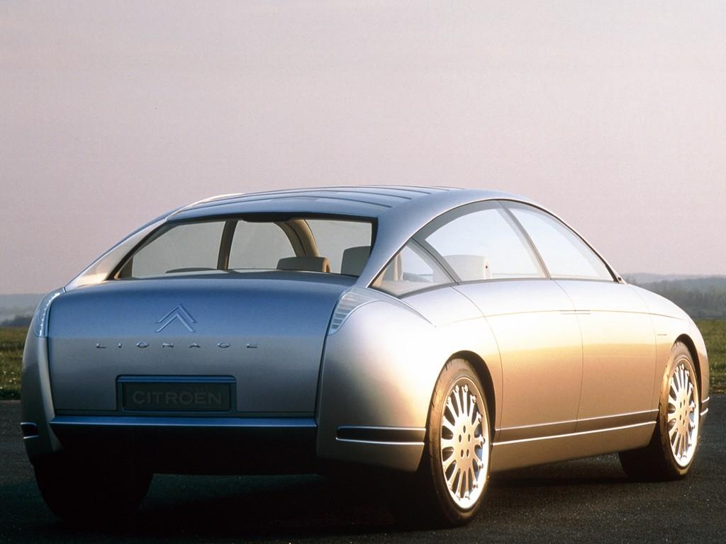 Πρωτότυπο για το C6 lignage του 1999 πριν από το C6, πίσω άποψη ¾