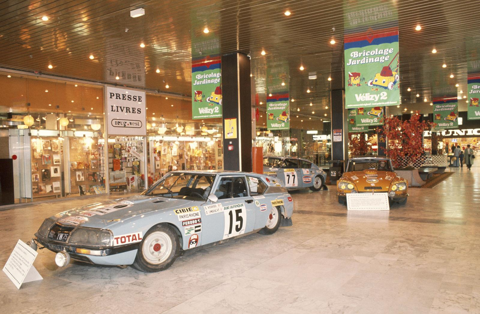 Έκθεση στο Centre Commercial Velizy - SM & DS Rally - 1976