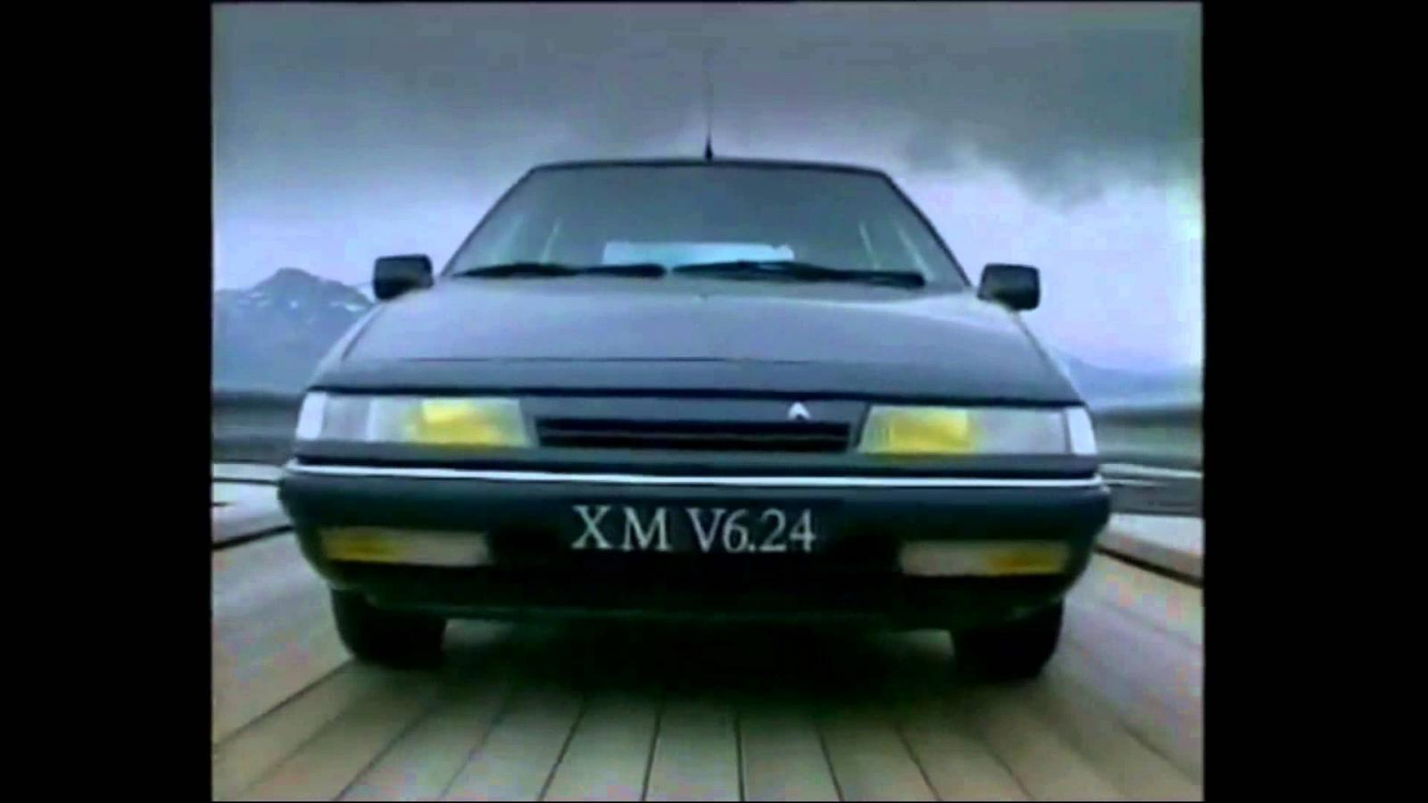 Face avant XM V6