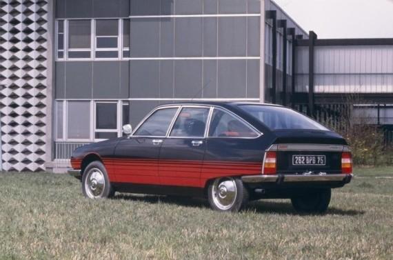 GS Basalte 1978 3 quarts arrière