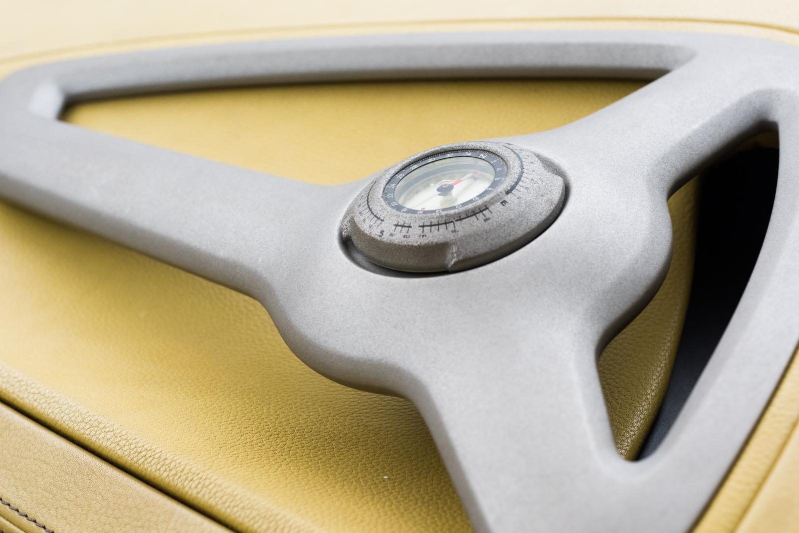 Citroën C-Buggy - boussole