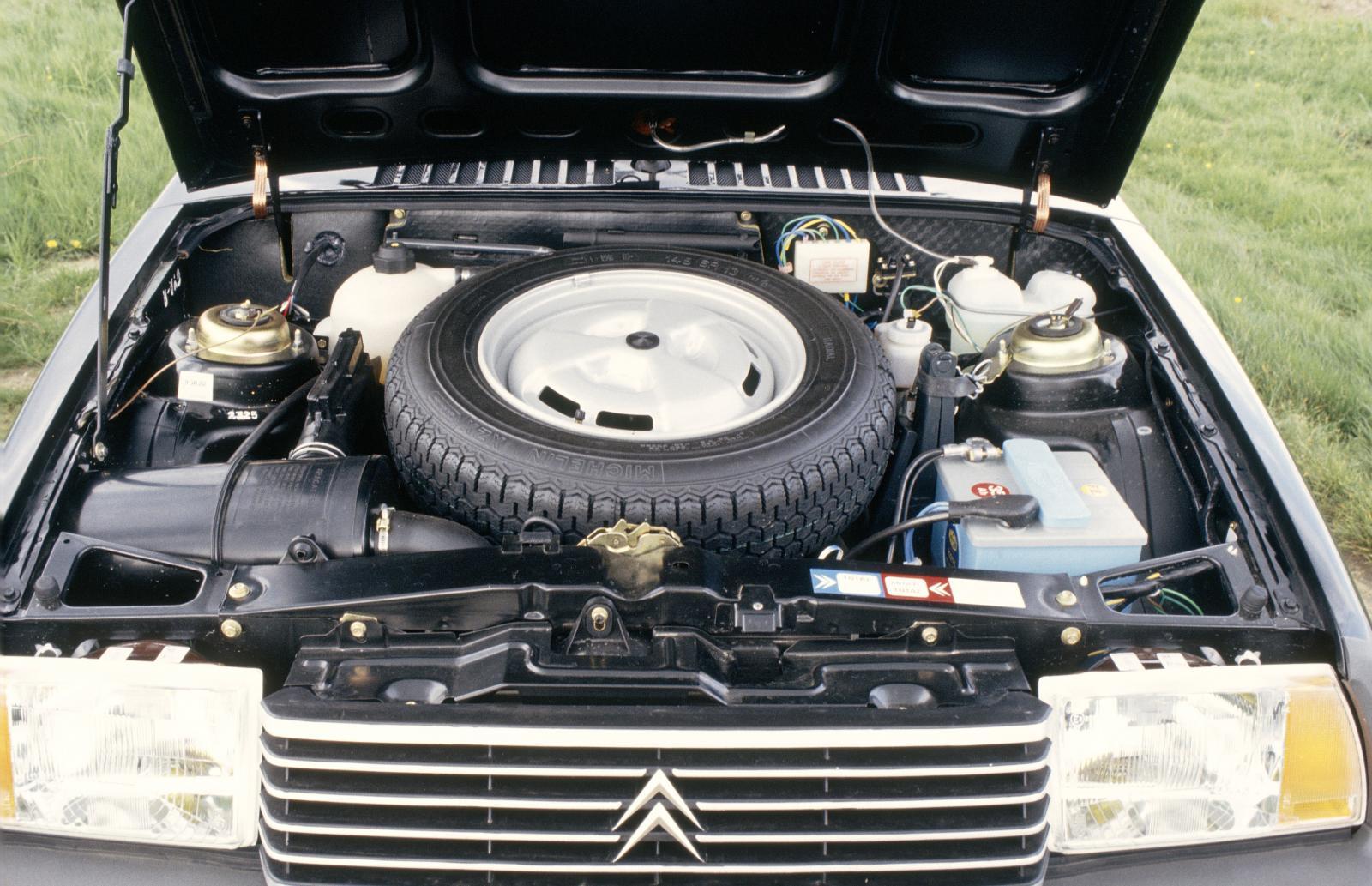 Visa 1983 moteur