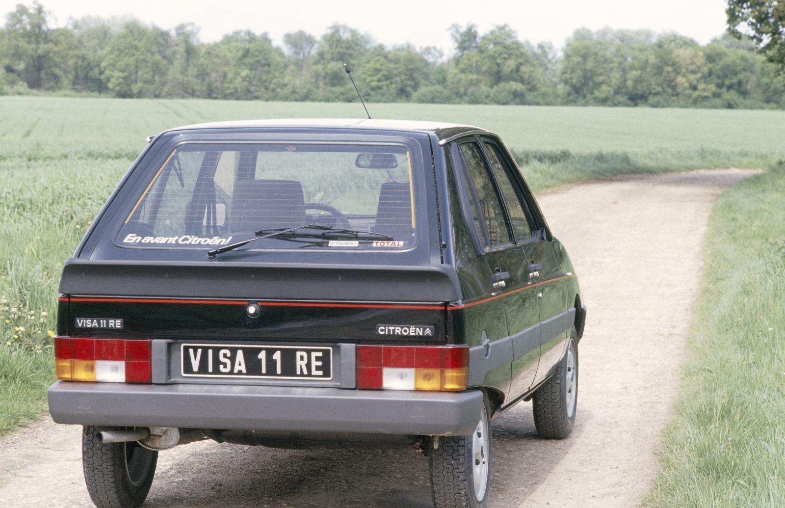 Visa 11 RE 1983 arrière